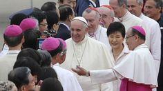 Pape François - Pope Francis - Papa Francesco - Papa Francisco : août 2014 – Voyage en Corée : Francesco sbarca in Corea del Sud