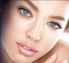 Natural makeup .... For us girls ...
