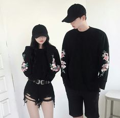 Korean Couple Fashion Outfits ideas for couples ♥ . Korean Couple Fashion, Korean Fashion Ulzzang, Korean Fashion Summer, Korean Street Fashion, Korean Outfits, Asian Fashion, Korean Ulzzang, Seoul Fashion, Matching Couple Outfits