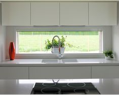+ 45 A Collection of Kitchen Window Ideas - nyamanhome Kitchen Room Design, Kitchen Sets, Modern Kitchen Design, Home Decor Kitchen, Interior Design Kitchen, Home Kitchens, Modern Kitchen Cabinets, Home Decor Hacks, Cuisines Design