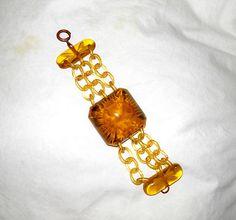 1930s Prystal Bakelite APPLE JUICE CHAIN Reverse Carved Bracelet BANGLE