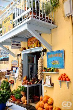 Taverna in Rethymno - Crete, Greece Mykonos, Santorini Greece, Crete Island Greece, Greece Islands, Malta, Thasos, Greece Party, Beautiful World, Beautiful Places