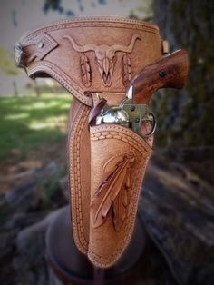 http://leatherworker.net/forum/topic/77669-long-over-due-idea/