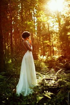 beautiful! bride taking time before wedding to pray to relax! spend her last moment as a single women before god