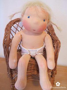 Pflanzenfaerberin: Puppen
