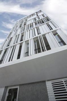 Edificio Residencial Alfredo Salazar / Llama Urban Design
