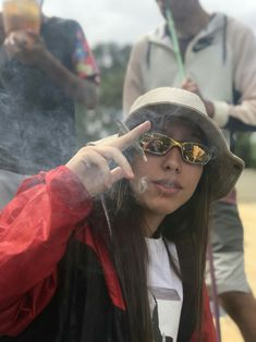 High Society, Kool Savas, Alcohol Is A Drug, Stoner Girl, Smoking Weed, Ganja, Tumblr Girls, Girl Pictures, Brunettes
