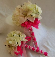 Beautiful Ivory and Hot Pink Bridal and Toss bouquet...