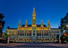 Vienna City Hall [OC][7465x5302] via Classy Bro