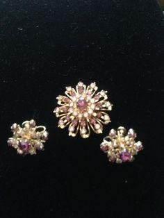 45ad737ab Coro Brooch Lavender Purple Rhinestone Sunburst Spray by mslyn2, $65.00  Stone Jewelry, Pearl Jewelry