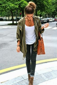 Parka, jeans and a white tee - simple and chic