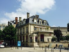 As time went on this mansion, a former officer's club opposite the REIMS TGV railway station in the heart of Champagne and the city where French kings were crowned, became the favourite meeting spot for Reims' epicureans. http://booking-hotel.consolidator.fr/Place/Reims.htm