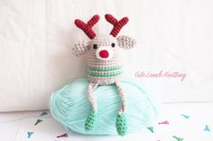 Crochet amigurumi Christmas reindeer toy by CuteLambKnitting