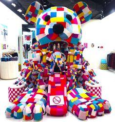 Uniqlo's Fleece Wonderland pop-up store - Just fabulous! #PopupShop