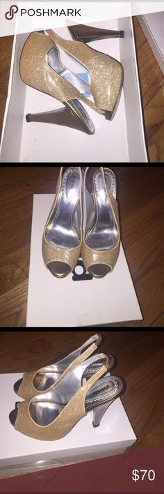 Gold pumps Gold pumps , worn only once Shoes Heels