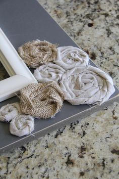 DIY picture frame and rosettes