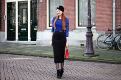 Outfit | MBFWA Day 3 | Cobalt blue lace top, high waisted midi pencil skirt, black turban, brooch, black ankle boots, thrifted red purse, midiskirt, red lips, red hair, fashion blogger, Amsterdam, Dutch | More on www.redsonjafashion.com