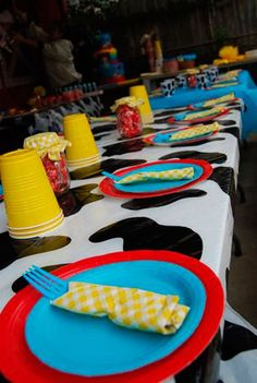 mesa para os pequeninos