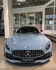 Luxury Sports Cars, Top Luxury Cars, Sport Cars, Exotic Sports Cars, Luxury Suv, Exotic Cars, Mercedes Auto, Mercedes G Wagon, Sexy Autos