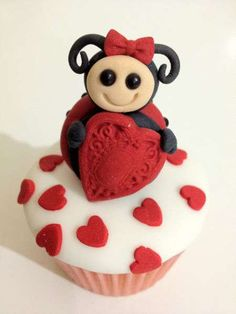 Shereen's Cakes & Bakes Creates Confections Too Cute to Devour