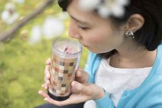 Amazake is a Japanese ancestral drink made from rice. Historically, it was served as a refreshment for the weary travelers making their way up the Hakone mountains.