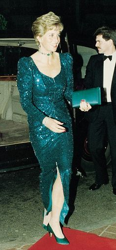 Princess Diana wore a Catherine Walker sea-green sequined evening gown for a State visit to Austria in 1989