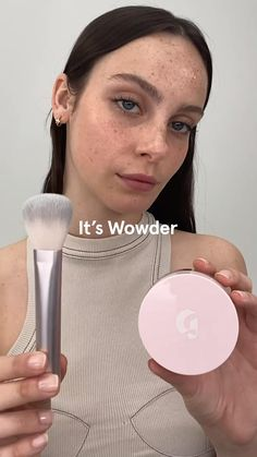 Glossy Makeup, Skin Makeup, Makeup Brushes, Makeup Videos, Makeup Tips, Smokey Eye For Brown Eyes, Makeup Makeover, Beauty Makeup, Makeup Tutorials