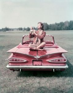 Cute pink vintage baby(i mean the car)
