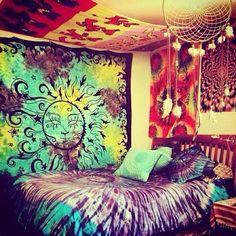 20 Jawdropping Bedroom Ideas - Trippy tie-die bedroom