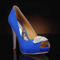 My Glass Slipper blue wedding shoes were featured in CBS News' wedding trend report with The Knot. Blue bridal shoes are a major trend in the wedding world. Royal Blue Wedding Shoes, Royal Blue Shoes, Blue Bridal Shoes, Wedding Heels, Bride Shoes, Prom Shoes, Badgley Mischka Shoes Wedding, Shoes Photo, Blue Heels