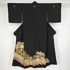 Kuroomesode kimono, Silk / 品格と適度な華やかさを併せ持ったデザインの留袖   #Kimono #Japan http://global.rakuten.com/en/store/aiyama/