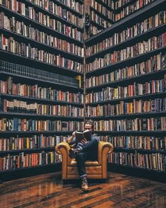 Any bookworm's dream would be to spend as long as possible in this library. Library Room, Dream Library, Quotes Literature, Home Library Design, Library Inspiration, Beautiful Library, Home Libraries, Book Storage, World Of Books