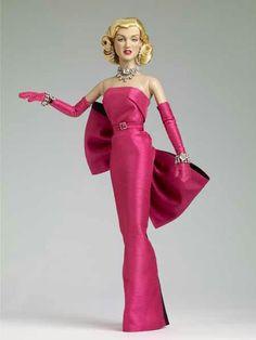 "Robert Tonner Marilyn Monroe Collection -""Diamonds"""