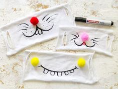Sewing Hacks, Sewing Tutorials, Sewing Projects, Fabric Toys, Wool Fabric, Diy Mask, Diy Face Mask, Mouth Mask Design, Crochet Mask