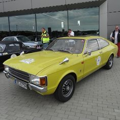 1972 Ford Consul L Coupe - My list of the best classic cars Custom Vespa, Custom Cars, Ford Motor Company, Jaguar Xk Coupe, Retro Cars, Vintage Cars, Ford Consul, Ford Granada, Car Ford