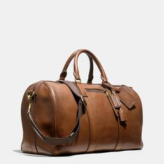 Coach Bleecker Duffle In Leather Leather Duffle Bag, Leather Luggage, Mens Luggage, Duffle Bags, Mochila Nike, Mens Travel, Luxury Bags, Leather Accessories, My Bags