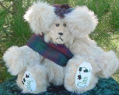 Lindsey/Lindsay Clan Bear