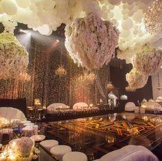 La soirée d'anniversaire de Kris Jenner à 2 millions de dollars (Photos)