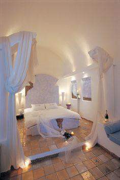 9-room boutique hotel in the Greek islands. Astarte suites. Spectacular, romantic.