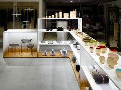 BACKYARD / by | nの商品を取扱う「荷下し場」のようなお店 for by | n