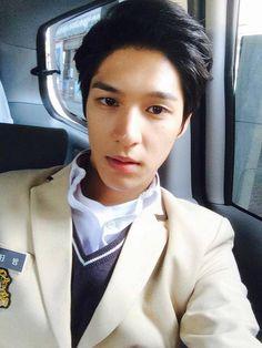 Manga and Anime maniac: Korean Drama - Hi! School: Love On Kim Soo Yeon, Hi School Love On, Best Kdrama, Korean Shows, Korean Actors, Korean Dramas, Laughing And Crying, Kim Woo Bin, Star Cast