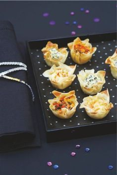 Cheap aperitif: tips for an easy and cheap aperitif Cheap Appetizers, Gourmet Appetizers, Gourmet Recipes, Snack Recipes, Tapas, Snacks Für Party, Food Platters, Love Eat, Quick Snacks