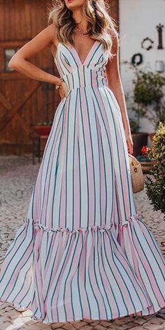 Gosfashion Striped Printed Sling Sleeveless Maxi Dress - - Gosfashion Striped Printed Sling Sleeveless Maxi Dress Source by Gamaui Striped Maxi Dresses, Casual Dresses, Fashion Dresses, Long Summer Dresses, Dress Summer, Houndstooth Dress, Dress Indian Style, Dress Brands, Boho Dress