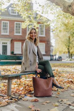 8ea32915 3 Fall Outfit Ideas: How to Wear an Autumnal Colour Palette - Coco's Tea  Party