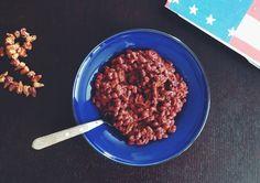 Веганский чили из красных бобов с орегано, кофе и корицей