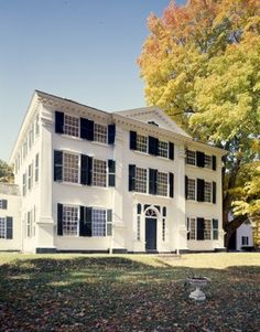 Barrett House, built in 1800 by Charles Barrett Sr. as a wedding gift for his son and daughter-in-law.