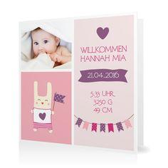 Geburtskarte Willkommen mit Wimpeln in Perle - Klappkarte quadratisch #Geburt #Geburtskarten #Mädchen https://www.goldbek.de/geburt/geburtskarten/maedchen/geburtskarte-willkommen-mit-wimpeln?color=perle&design=d7502