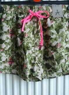 Kup mój przedmiot na #vintedpl http://www.vinted.pl/damska-odziez/szorty-rybaczki/9751583-nowe-spodenki-atmosphere-rozmiar-s