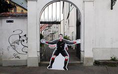 #dastorbleibtdicht - Manuel Neuer hütet wirklich jedes Tor! [LangweileDich.net]