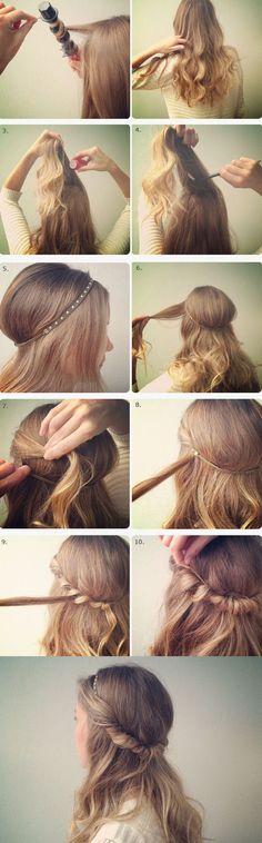 Pero si prefieres llevarlo suelto, puedes intentar con esta opción. | Los 19 peinados más trendy para graduarte con estilo